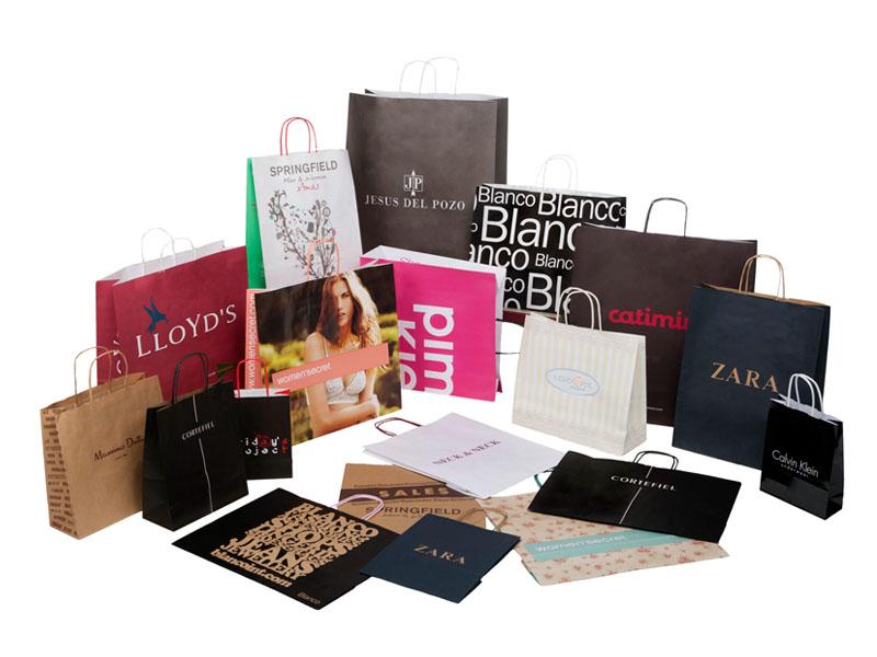 Resultado de imagen para fundas de papel con logos de marca